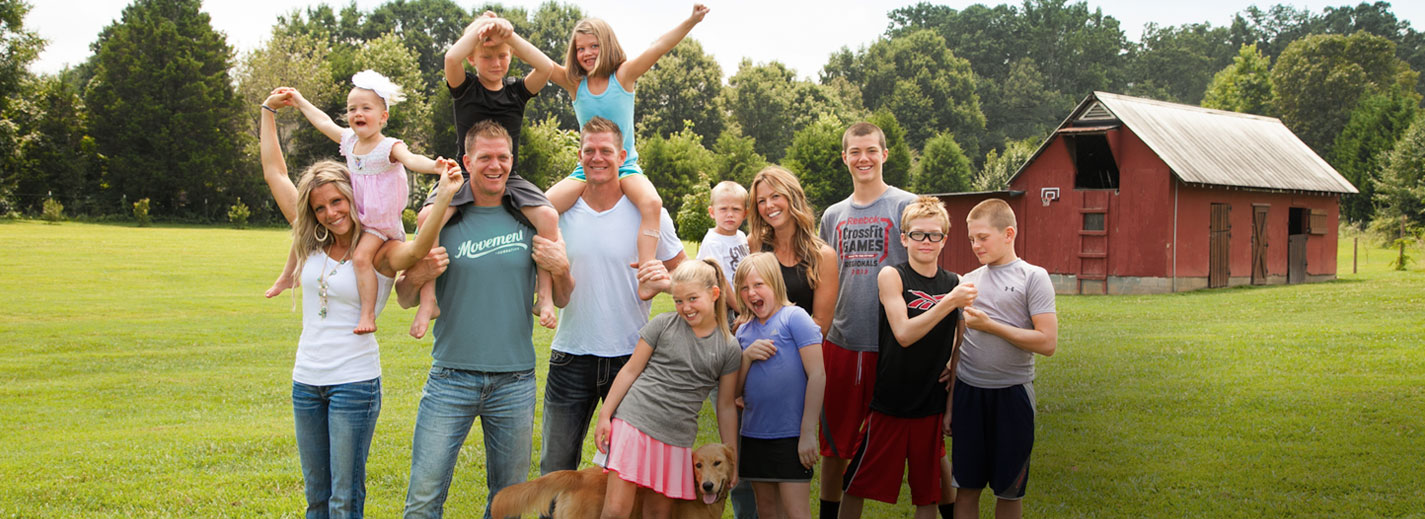 Benham-Brothers-Family-2014-08